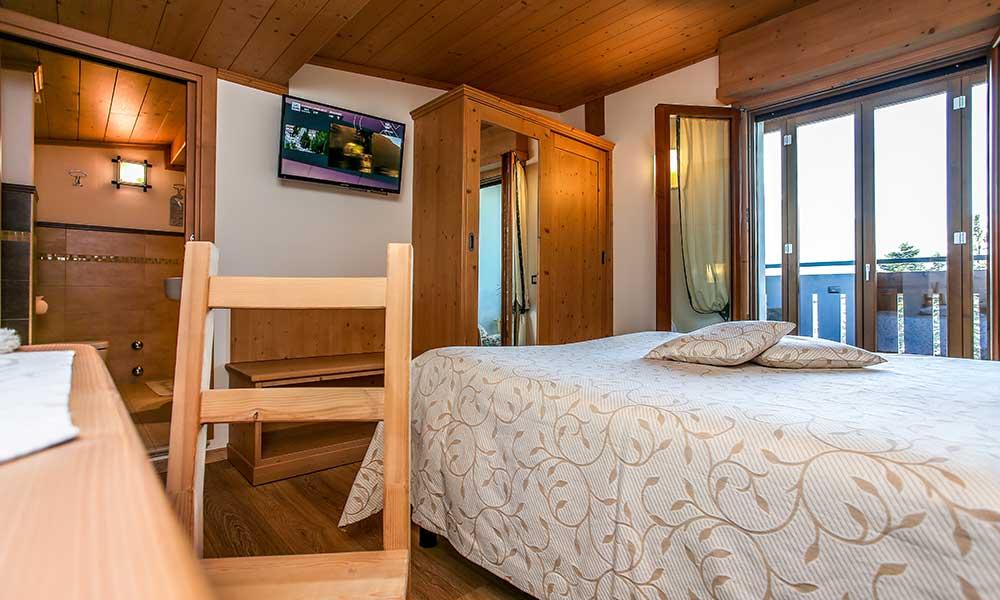 Deluxe double rooms with panoramic balcony-veranda of Hotel Adele in Bormio