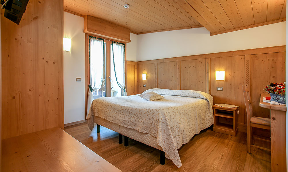 Albergo Adele - Hotel with panoramic view in Bormio in Alta Valtellina